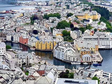 Alesund - San Juan Noruega